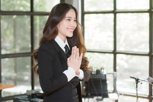 Nam Em 'chơi lớn' khi ra mắt MV tại Thái Lan