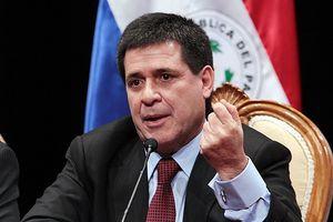 Tổng thống Paraguay đệ đơn từ chức