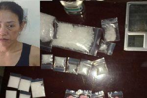 2 trinh sát bị phơi nhiễm HIV khi triệt phá hang ổ của 'nữ quái' bán lẻ ma túy