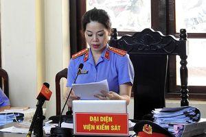 Xuất hiện chứng cứ mới trong vụ xử bác sĩ Hoàng Công Lương: Viện Kiểm sát đề nghị trả hồ sơ để điều tra bổ sung 