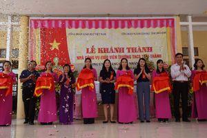 Khánh thành nhà công vụ giáo viên trên quê hương anh hùng Nguyễn Đức Cảnh