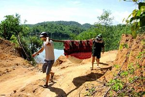 Nghệ An: Phát hiện nam thanh niên tử vong nổi ở lòng hồ