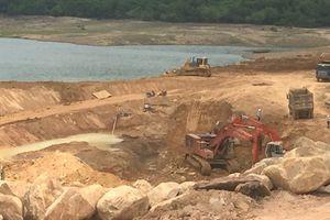 'Chạy nước rút' sửa chữa hồ Núi Một!