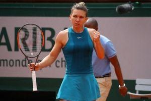 Roland Garros ngày 4: Simona Halep vất vả ngược dòng, Wozniacki thắng nhàn