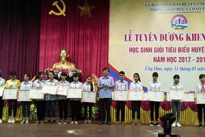 Huyện Ứng Hòa tuyên dương 213 học sinh giỏi tiêu biểu