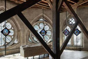 'Bí ẩn' bên trong căn gác mái 700 tỷ của tòa tu viện London