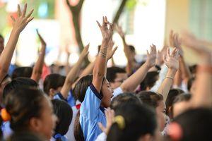 Bộ GD&ĐT chỉ đạo kiểm tra vụ cô giáo ra giá 15 triệu đồng/suất học