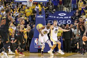 Khiến Cleveland Cavaliers thua trận, 'tội đồ' JR Smith nói gì?