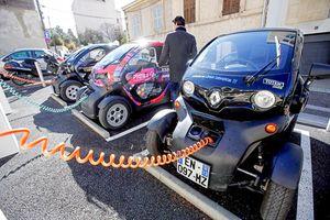 Lượng ô tô điện tiêu thụ trên toàn cầu tăng 'chóng mặt'