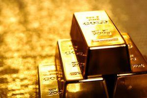 Giá vàng rớt xuống dưới mốc 1.300 USD/ounce