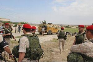 Quân cảnh Nga tiến vào tiếp quản cứ địa thánh chiến Syria