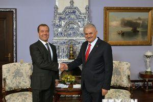 Thủ tướng Nga và Thổ Nhĩ Kỳ thảo luận về các dự án năng lượng