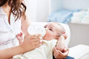 Dưỡng chất 'vàng' HMO trong sữa mẹ giúp tăng cường hệ miễn dịch cho trẻ?