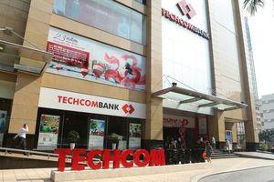 Techcombank chào sàn giảm kịch biên độ, mất hơn 1,3 tỷ USD vốn hóa