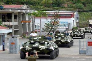 Hải quân Việt Nam chủ động sửa chữa xe tăng, thiết giáp