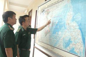 BĐBP Quảng Ngãi kêu gọi 1.600 tàu cá tránh trú áp thấp nhiệt đới