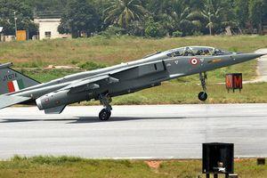 Rơi chiến đấu cơ Ấn Độ, phi công tử nạn