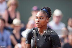 Vòng 4 Roland Garros: Serena rút lui trước đại chiến với Sharapova
