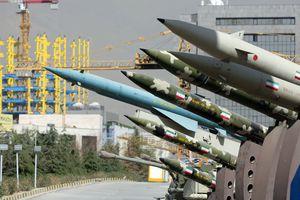 Iran phát cảnh báo mạnh về năng lực urani và tên lửa