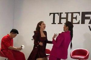 Clip: Thanh Hằng, Minh Hằng 'nhắng nhít' cover vũ điệu say rượu