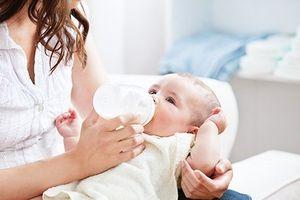 Bổ sung thành phần sữa mẹ vào sữa bột