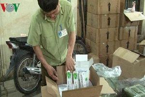 Lạng Sơn: Thu giữ lô mỹ phẩm nhập lậu chuẩn bị chuyển về Hà Nội