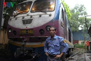 Nỗi ám ảnh kinh hoàng của người đàn ông hơn 30 năm lái tàu hỏa