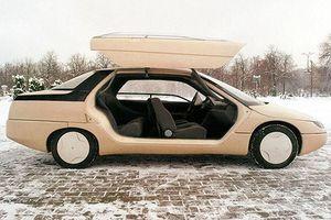 Kiểu cách và táo bạo: Những mẫu xe hơi xuất sắc nhất thời Xô viết