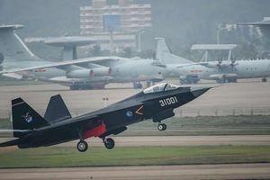 Trung Quốc có thể cử tiêm kích hộ tống chuyên cơ của lãnh đạo Triều Tiên