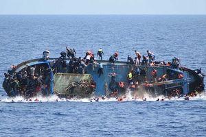 Thủ tướng Tunisia sa thải Bộ trưởng Nội vụ sau vụ đắm thuyền