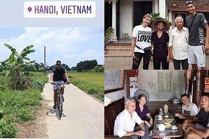 Đạp xe hơn 50km ở Hà Nội, Smalling khoe ảnh du lịch Việt Nam