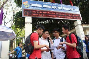 Thi Toán vào lớp 10 ở Hà Nội: Đề 'dễ thở', tăng áp lực tuyển sinh