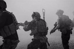 Phiến quân đánh thẳng vào trại khiến 5 lính Mỹ thương vong