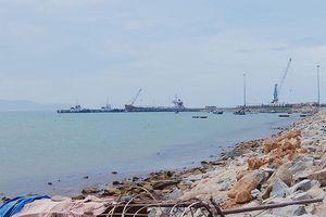 Vụ túi bùn khổng lồ uy hiếp cảng Chân Mây: Tăng cường quan trắc nguồn nước từ bãi chứa