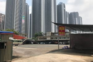 Phường Phú Diễn (Q.Bắc Từ Liêm): 'Bất lực' với bãi xe không phép?