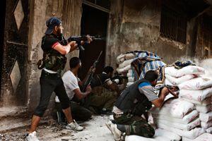 Nga tố Mỹ bơm vũ khí cho khủng bố ở Syria