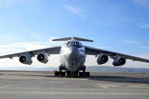 Máy bay chở thực phẩm riêng cho ông Kim Jong-un đến Singapore