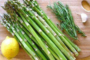 18 tác dụng chữa bệnh tuyệt vời của măng tây