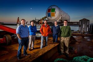 Microsoft xây dựng trung tâm dữ liệu dưới đáy biển với 864 máy chủ