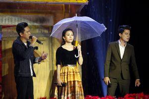 'Ngôi sao tiếng hát truyền hình' Đan Chi nói lời chia tay Duyên Dáng Bolero
