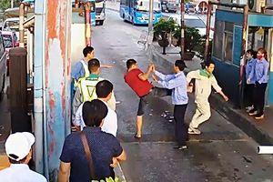 Triệu tập 3 tài xế phá barie, đánh nhân viên Trạm BOT Tân Đệ
