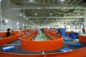 Lazada ra mắt hệ thống phân loại hàng hóa tự động