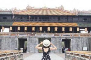 Mùa hè nếu chưa biết trốn đi đâu, hãy đến Huế