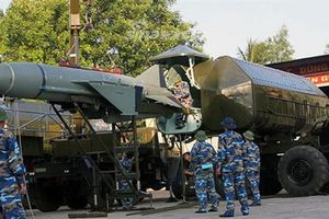 Lưới lửa phòng thủ bờ Việt Nam trên báo Trung Quốc
