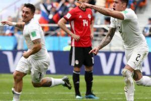 Trung vệ lập công, Uruguay nhọc nhằn vượt qua Ai Cập