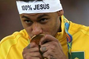 Top 5 tín đồ sùng Thiên chúa tại World Cup 2018