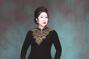 Chuyển động cùng: Hồng Vân, Nguyễn Cường, Thái Hòa, Vĩnh Thuyên Kim, Hứa Vĩ Văn