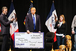 Bang New York đòi giải thể quỹ từ thiện của ông Trump