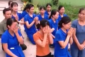 'Quỳ gối xin dạy' cũng tạo áp lực… dung túng cho cái sai