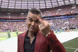 Giải mã 'ngón tay thối' của Robbie Williams